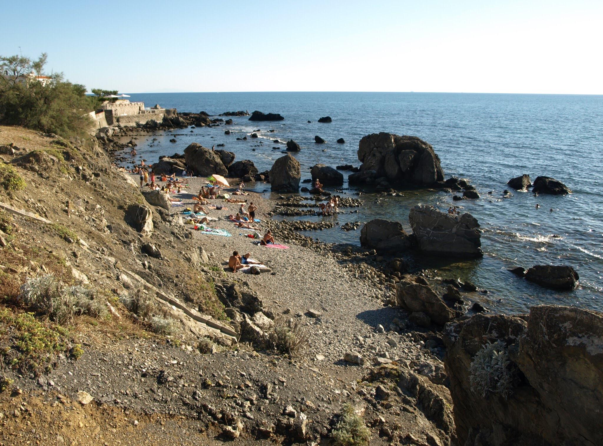 Spiagge, calette, scogli - Svelando Livorno